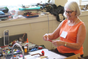 Glen Workshop Aubrey Allison woman making art 2
