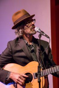 Glen Workshop Bob Denst Linford singing