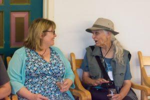 Glen Workshop Bob Denst women talking