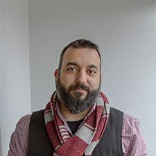 webDaniel Nayeri